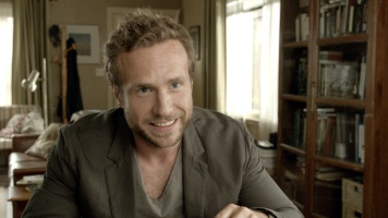 rafe-spall-in-life-of-pi