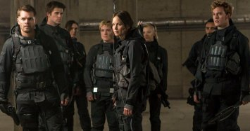 Hunger-Games-Mockingjay-2-Tv-Spots-Final-Battle